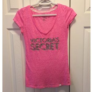 VS Supermodel Essentials Tee